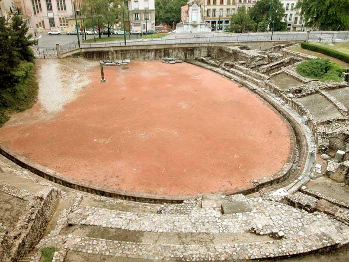Visite guidée de l'Amphithéâtre des Trois Gaules
